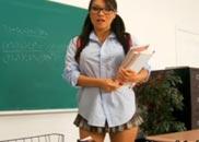 Aluna dando a buceta para o professor