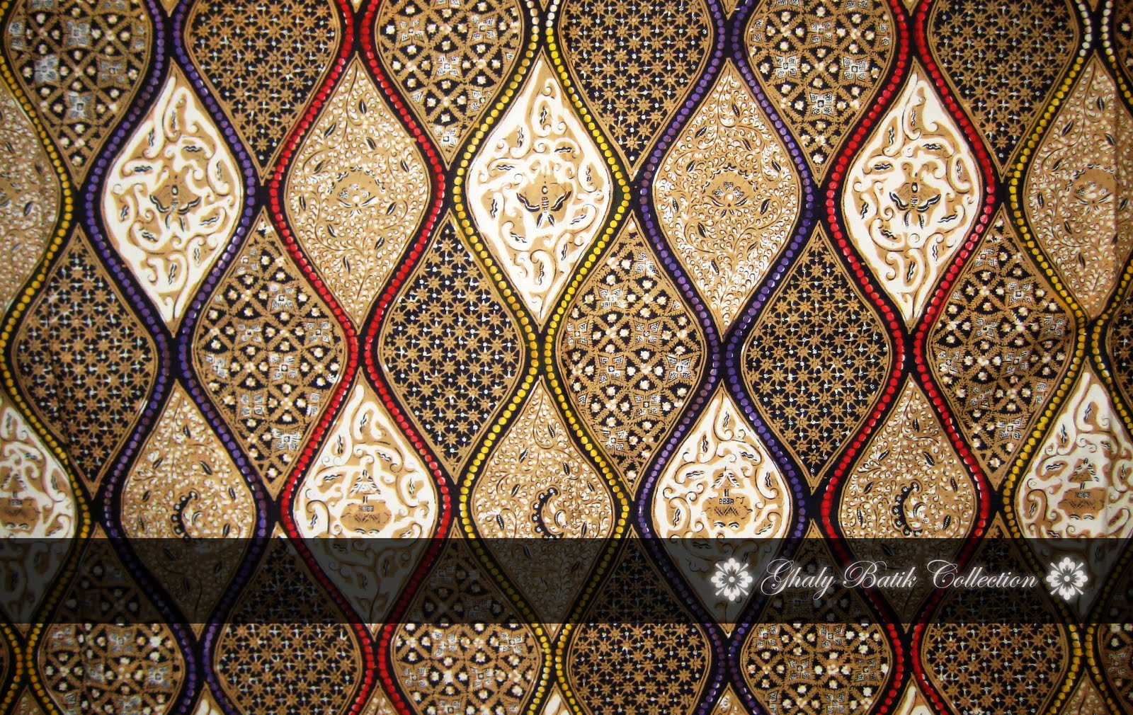 Ghaly Batik Collection's