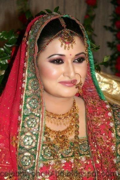 Beautiful+BANGLADESHI+BRIDE+WITH+GORGEOUS+MAKE UP+Photos+Collection021