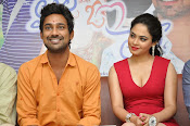 Laila O Laila Movie Opening Photos-thumbnail-7