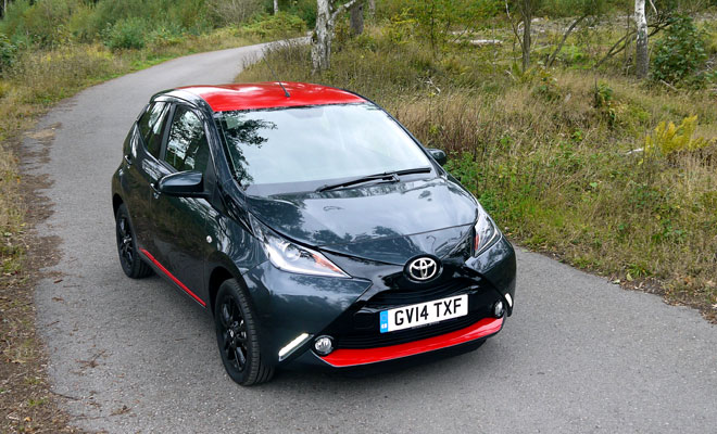 Toyota Aygo front view from above