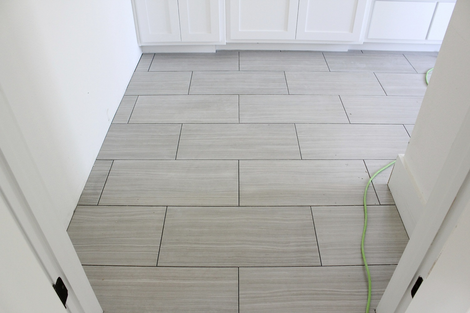 Bathroom floor tile layout 12x24 wood floors for 12x24 bathroom tile ideas