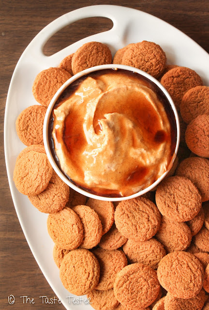 Pumpkin Cheesecake Dip for Gingersnaps
