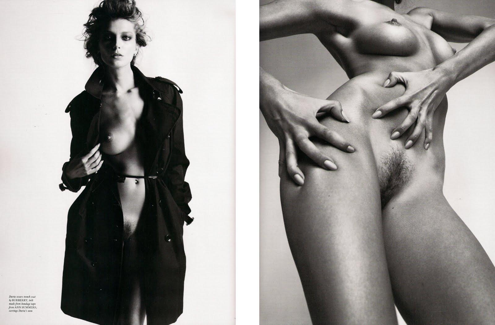 http://4.bp.blogspot.com/-StD0N5Ir8XU/TZnMMlf-AsI/AAAAAAAAJx8/epieT-HdULc/s1600/mert-fashionicons_fashionproduction_2.jpg