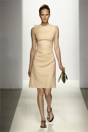 2011 Fashion Forecast on Fearless Forecast On What Dresses To Buy Right Now