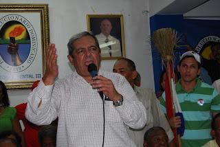 Hatuey De Camps dice gobierno intenta mejorar su situación electoral con argumentos mezquinos