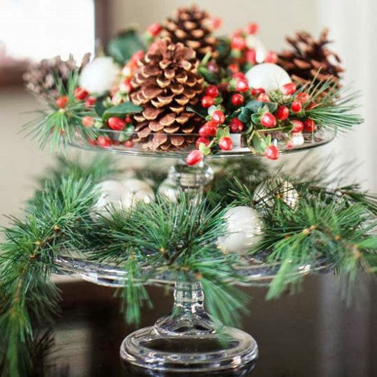 christmas decoration 10 green ideas with pine cones