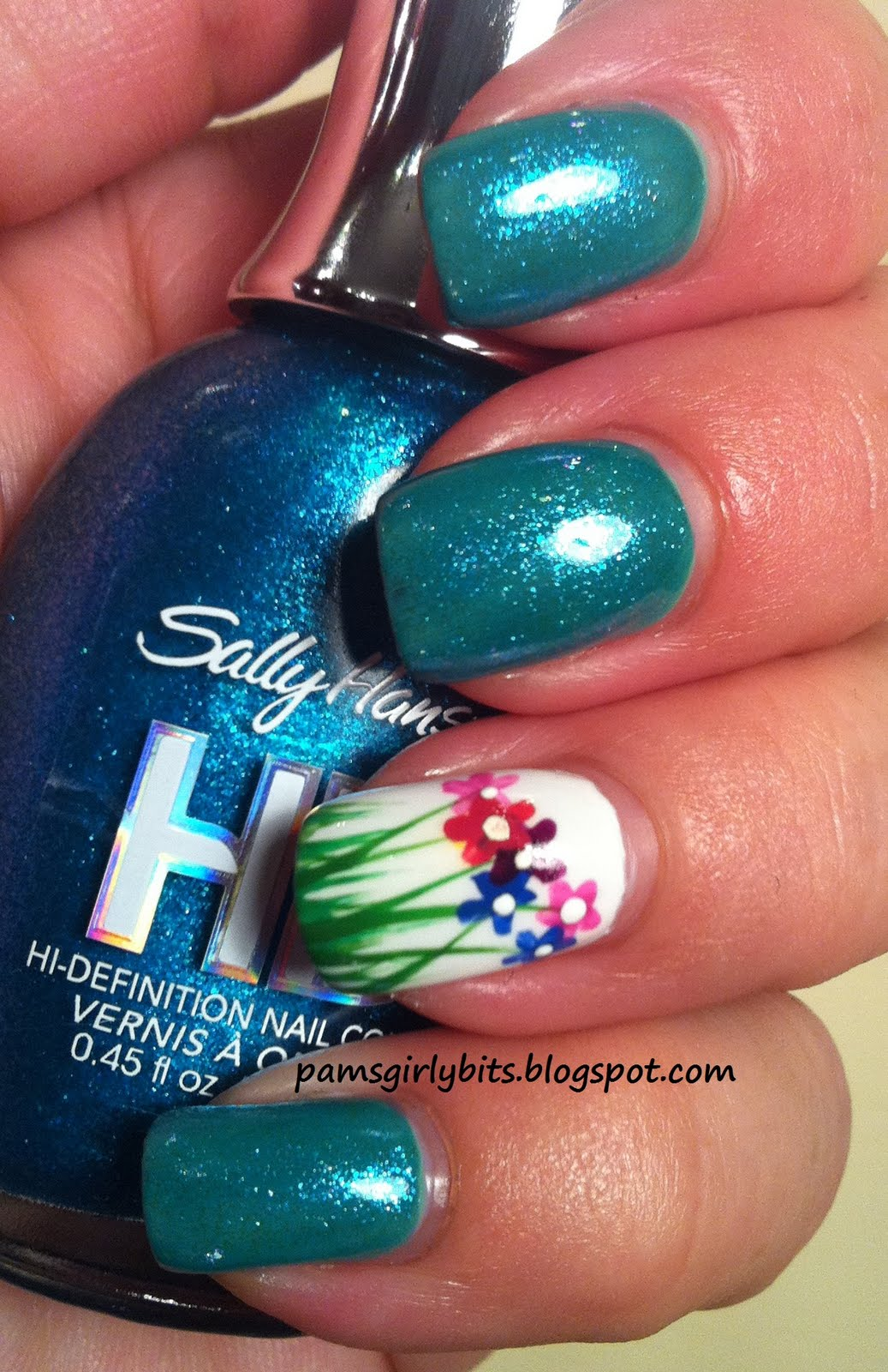 Cute Blue And Green Nail Designs