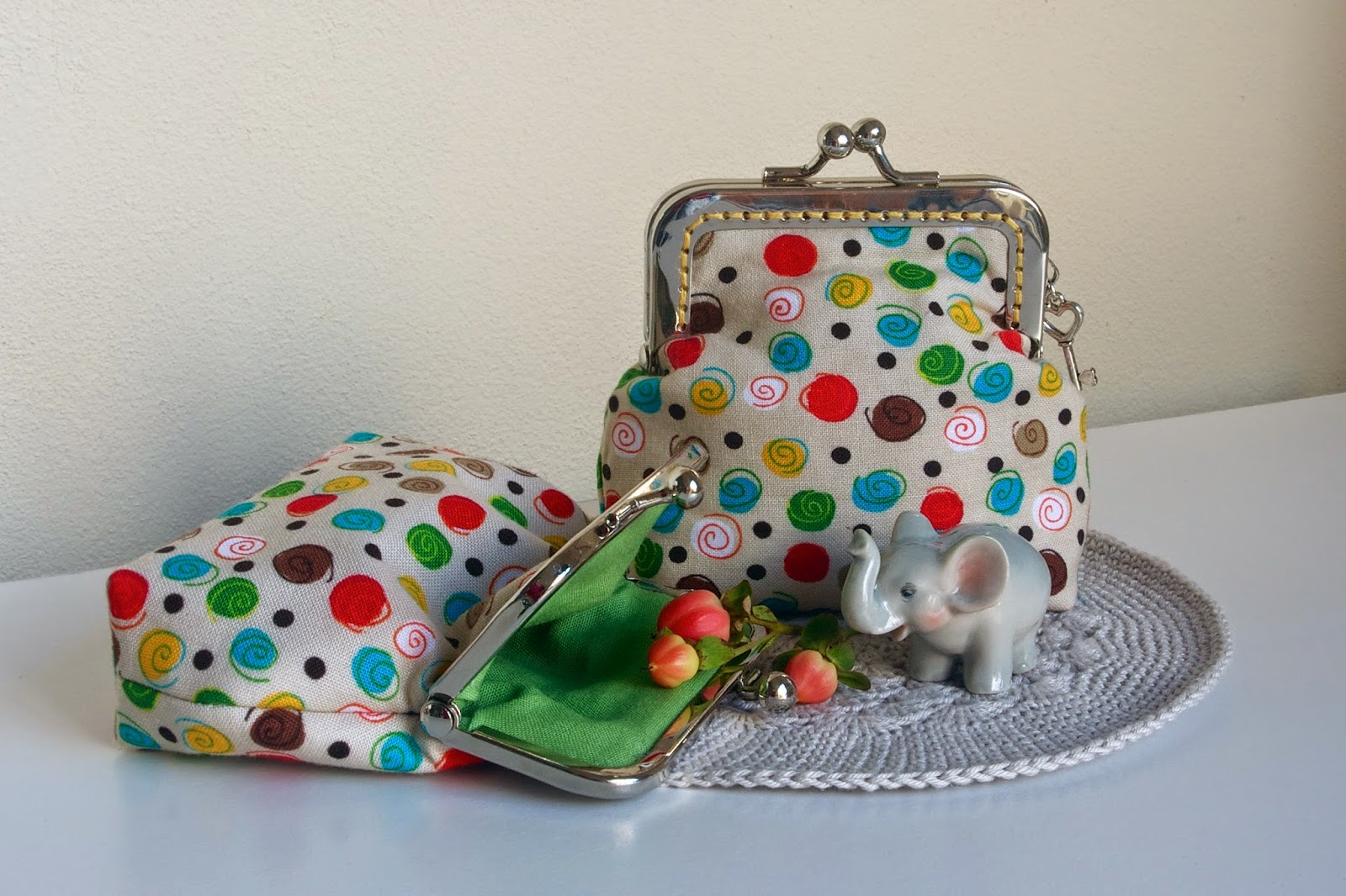 Stitching Notes: Tutorial: Kiss Lock Purse Template Construction