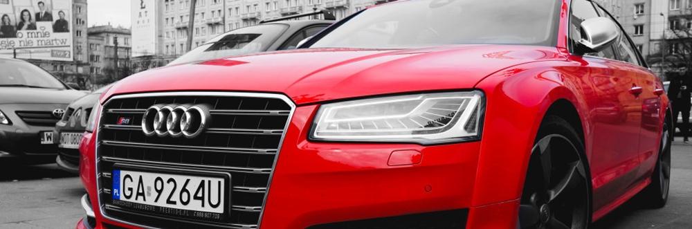 Red Audi S8 D4 FL