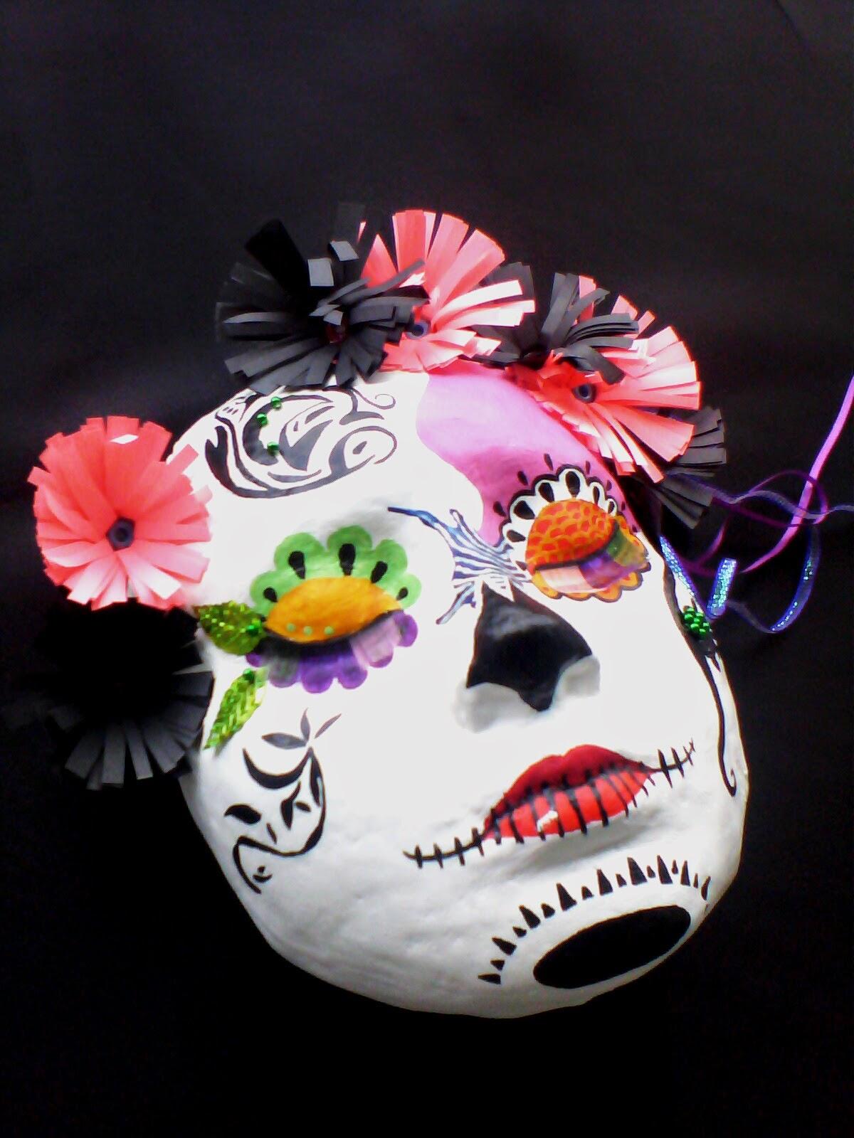 Mascaras de catrinas Mexicanas en yeso y pintadas en acrílico.