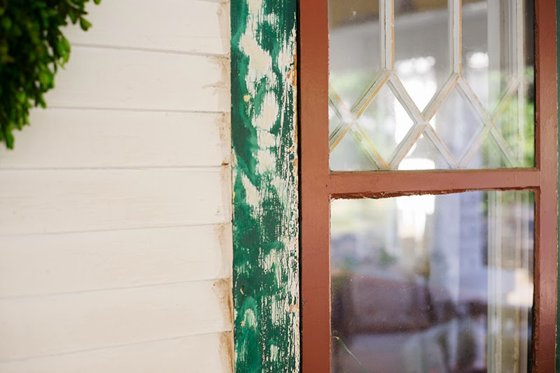 Scraping Exterior Window to Paint