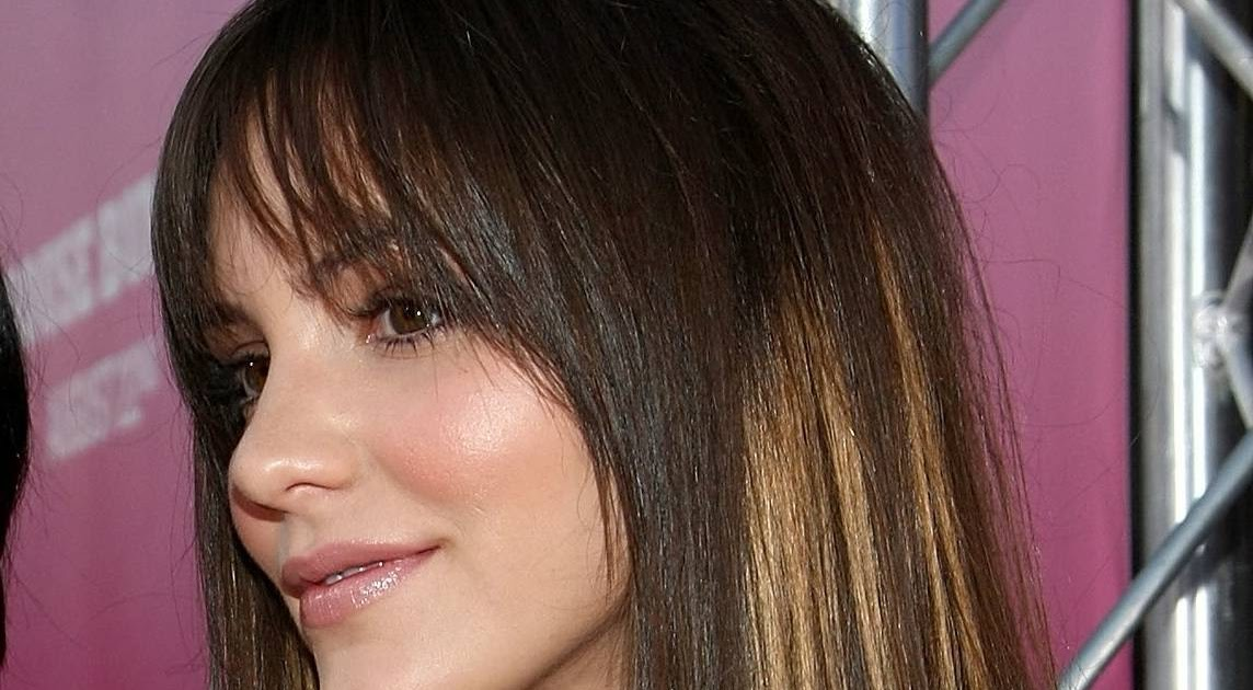 2013 side swept bangs pic bob hairstyles with side bangs