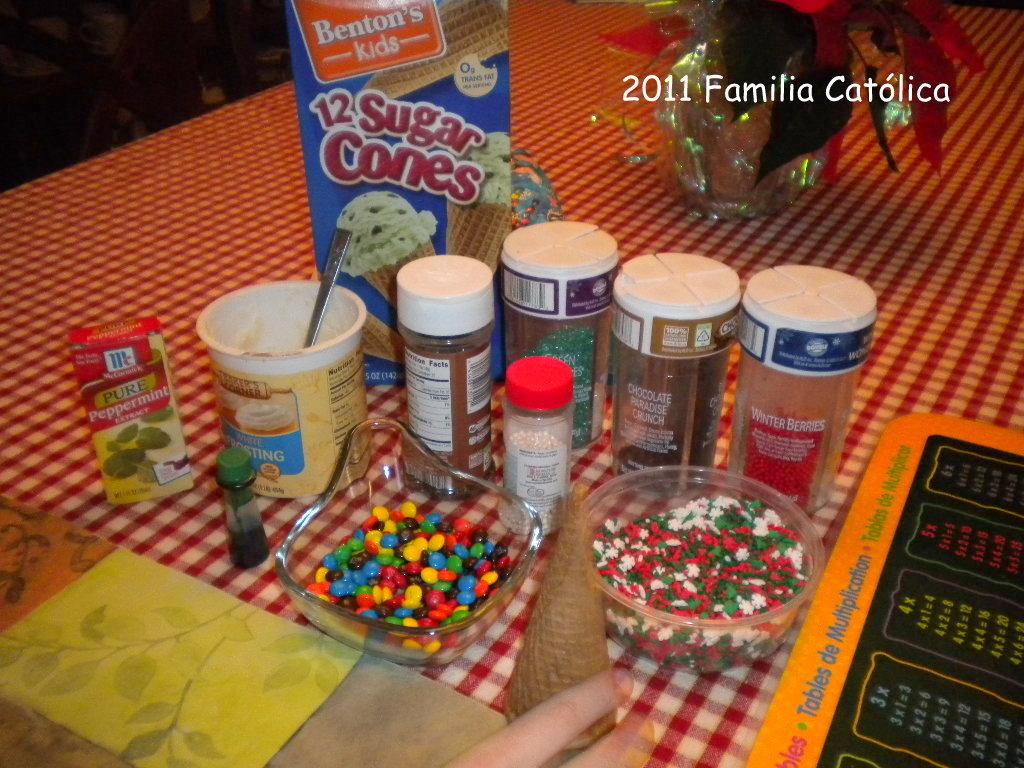 Familia Católica: Cómo hacer arbolitos de Navidad que se pueden