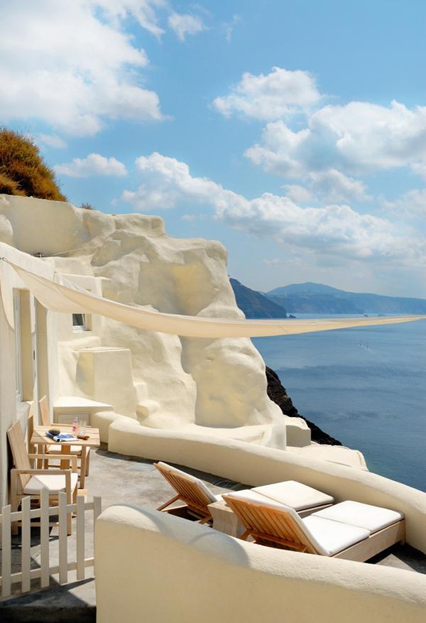 Amazing caldera views from Mystique hotel, Santorini