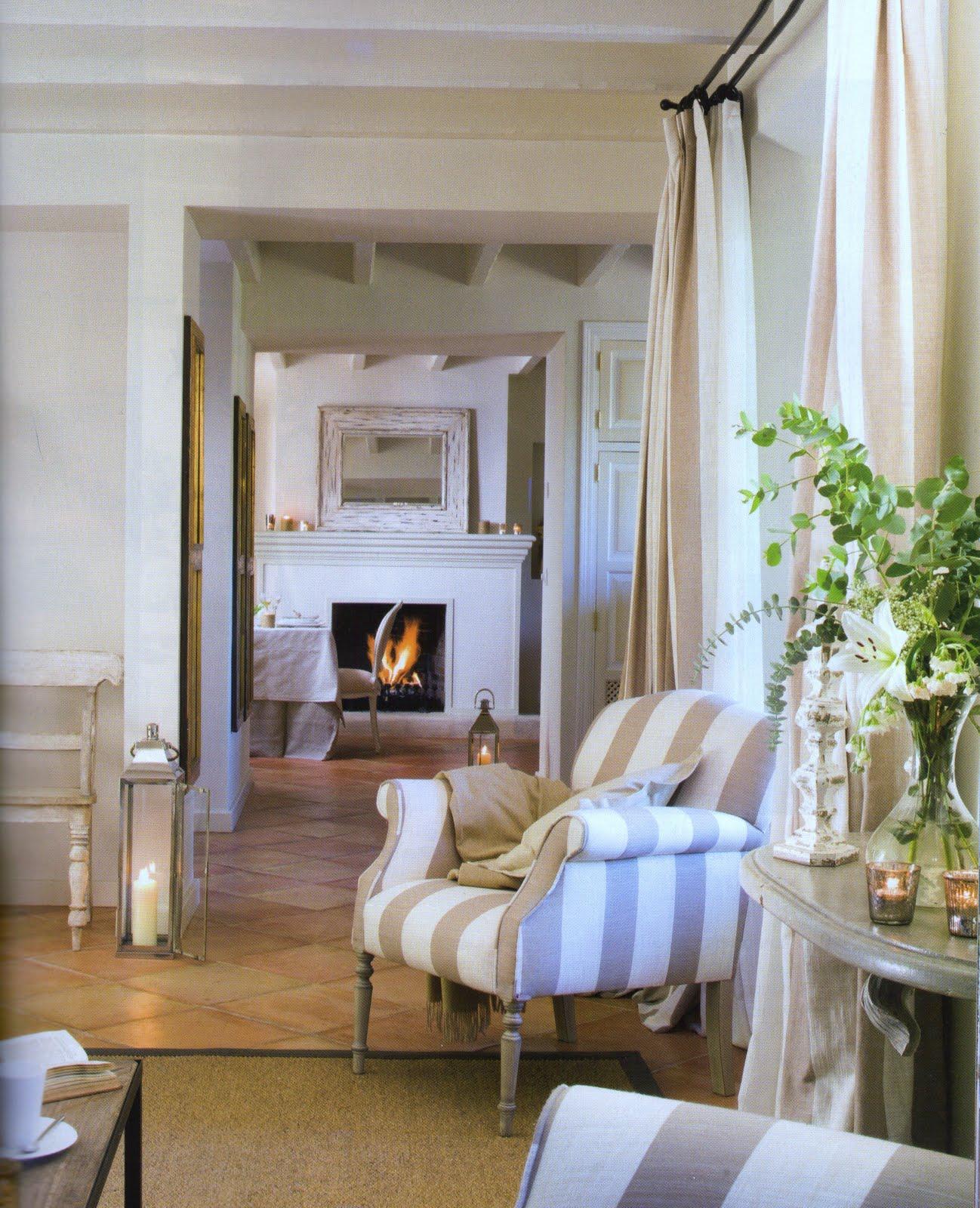 Boiserie c tutti in riga for Arredamenti case eleganti