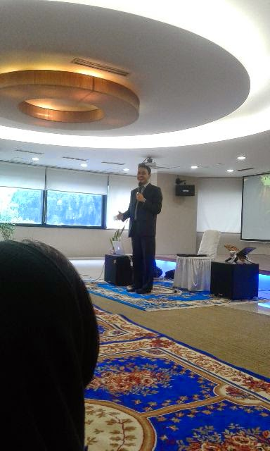 edvan m kautsar, motivator muda, motivator indonesia, motivator top, inspirator, pengusaha muda, sukses muda, seminar motivasi, training motivasi corporate, training bank, motivasi karyawan, trainer bank