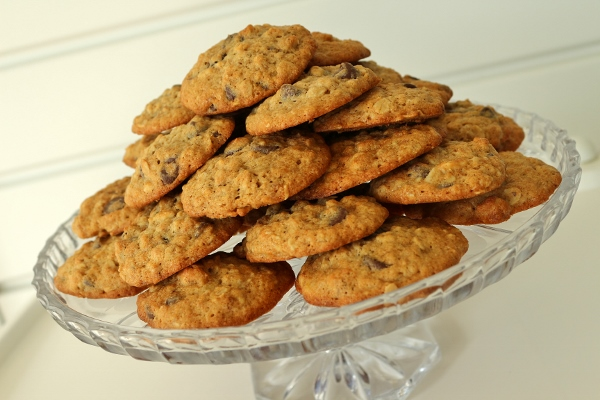 Banana+Walnut+Chocolate+Chip+Cookies Mission: Food: Banana-Walnut ...