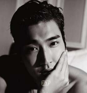 Foto-Topless-Choi-Siwon