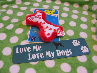 Picture of the dog toy & bumper magnetic