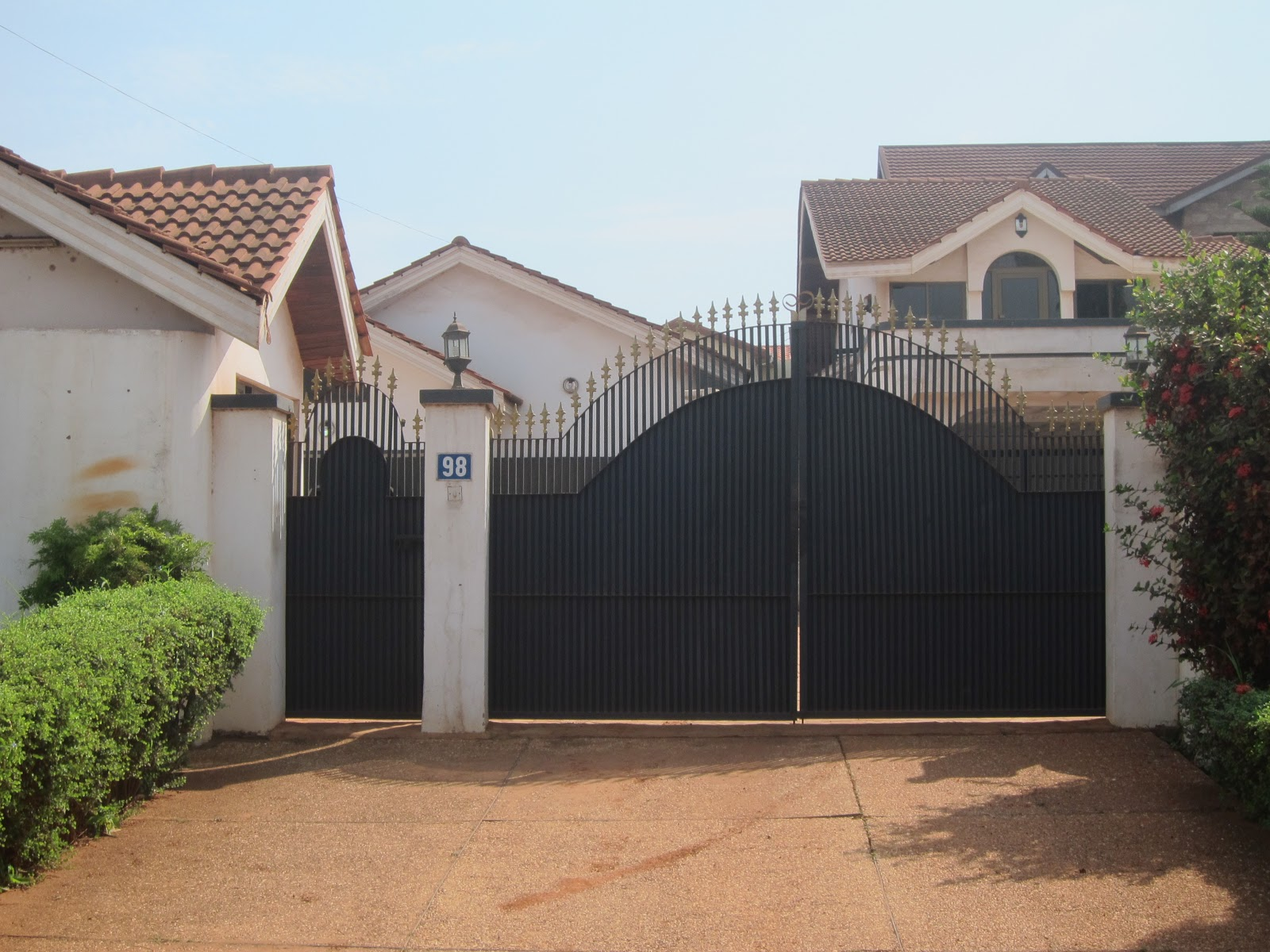 Ghanaian Houses Gate
