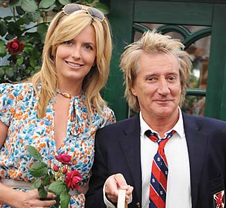 How Tall Is Penny Lancaster Penny Lancaster Height  Inches 1 86 Meters How Tall Is Rod Stewart Rod Stewart Height  Inches 1 78