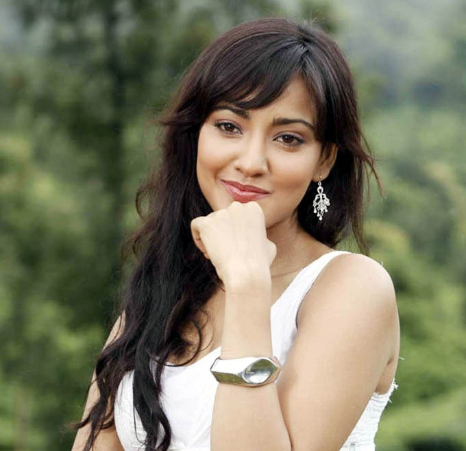 Download HD Images Of Neha Sharma Hot Hd Sexy