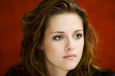 Kristen Stewart is strongly against plastic surgery