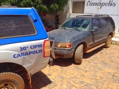 OESTE DA BAHIA: POLÍCIA MILITAR DE CANÁPOLIS RECUPERA CARRO ROUBADO EM BRASÍLIA