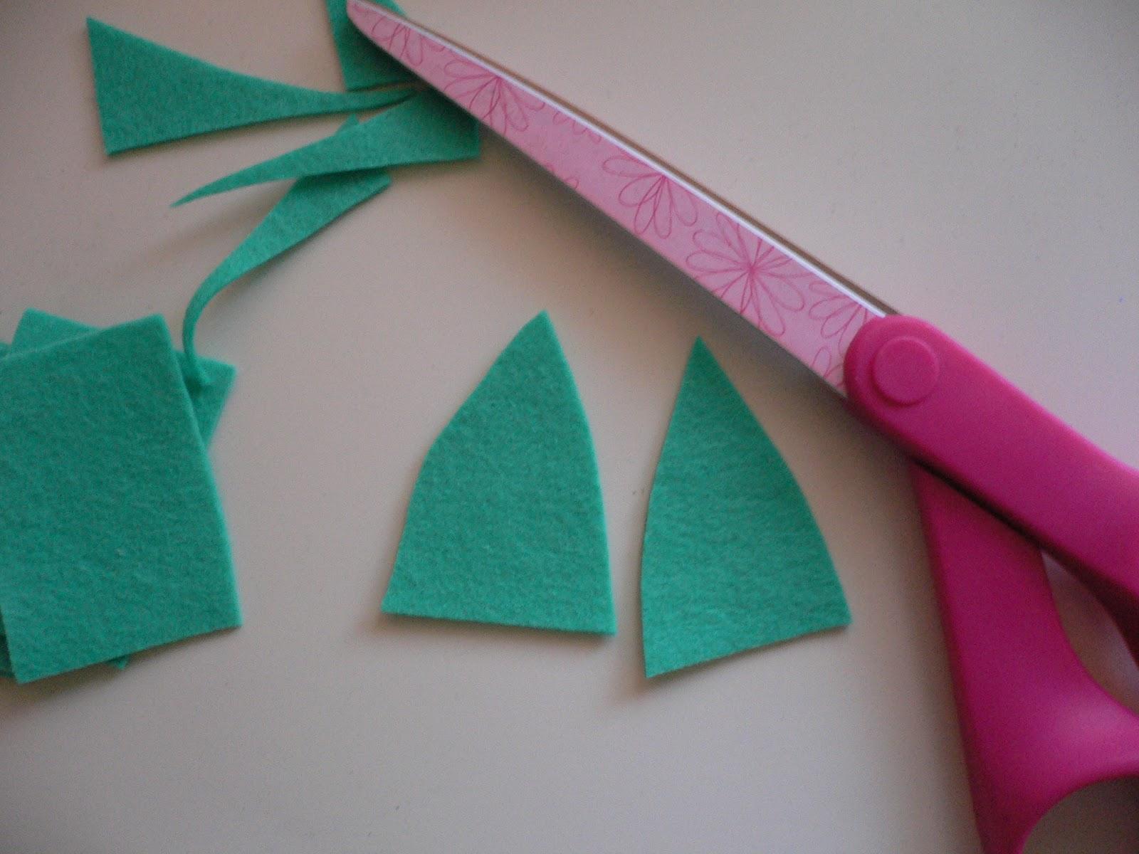 Hilocoqueto como hacer una flor de fieltro for Como hacer una banqueta tapizada