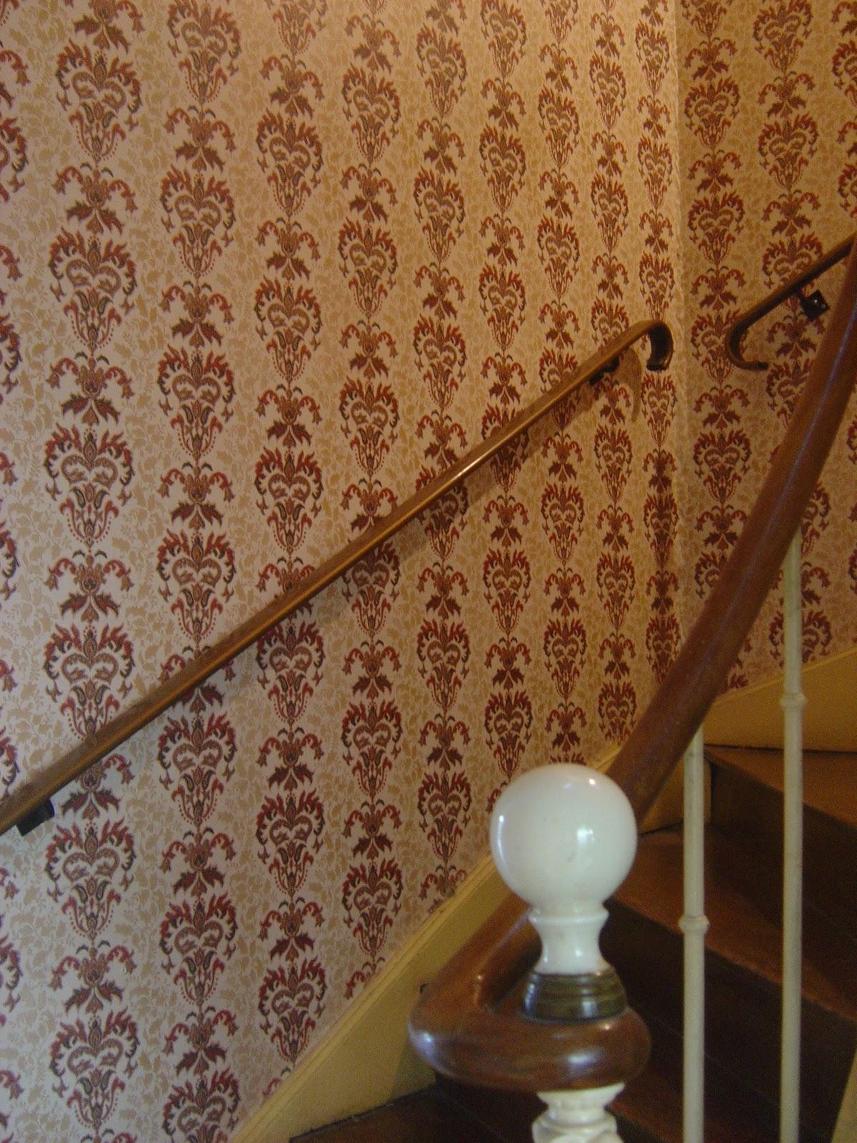 Au Fil des Couleurs Papiers peints pour un escalier