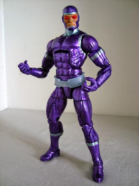 MARVEL LEGENDS (Toy Biz/ Hasbro) 2002-2008 - Page 4 Machine-man-marvel-legends013