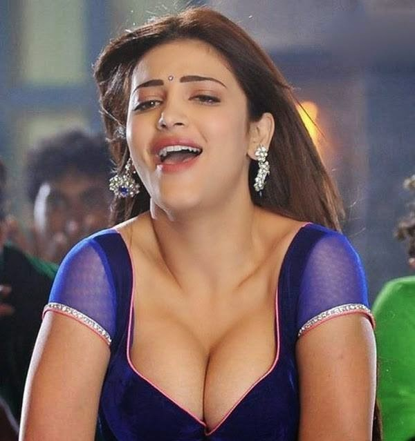 hot desi girls shruti hassan showing big boobs in item song
