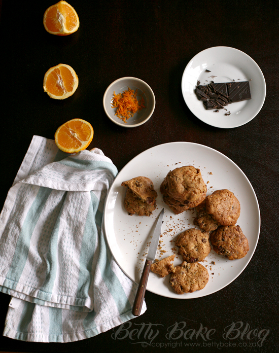 orange chocolate raisin spicy cookies, biscuits, betty bake, blog, baking, zest, homemade, cookies, yum, milk, kind of healthy