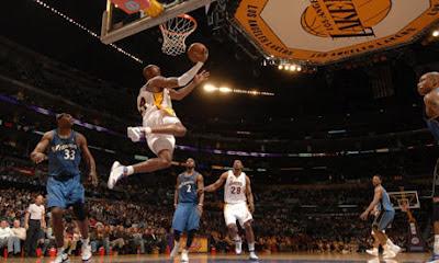 NBA Best Players: Kobe Bryant's Reverse Jam