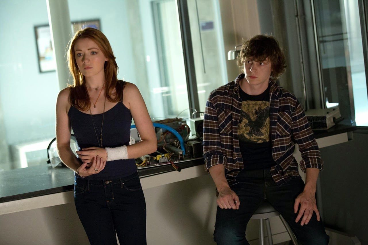 the lazarus effect-sarah bolger-evan peters