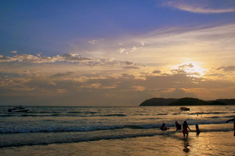 Pantai Chenang