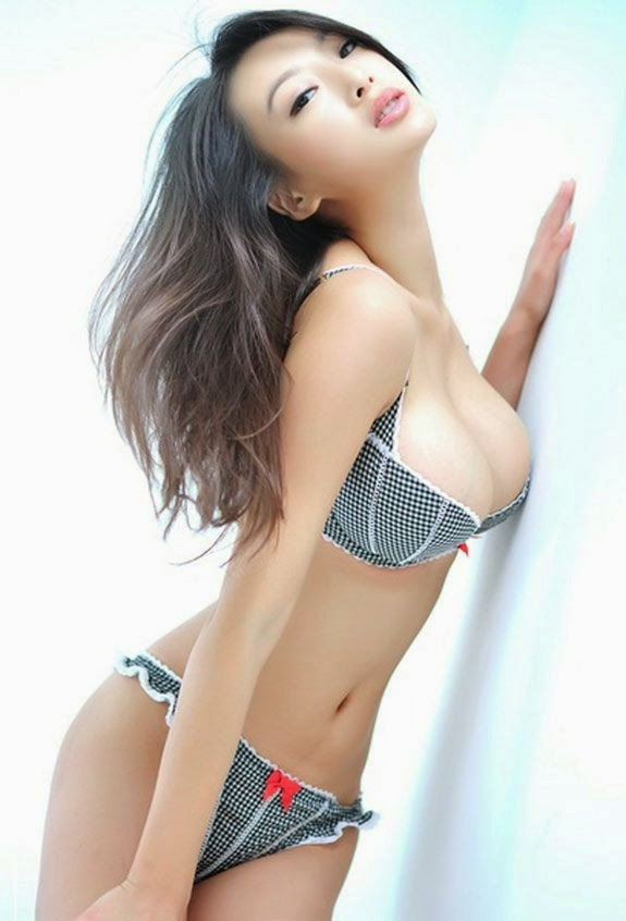 Beauty Wang Li Dan Photos for 2014.