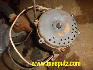 memperbaiki pompa air
