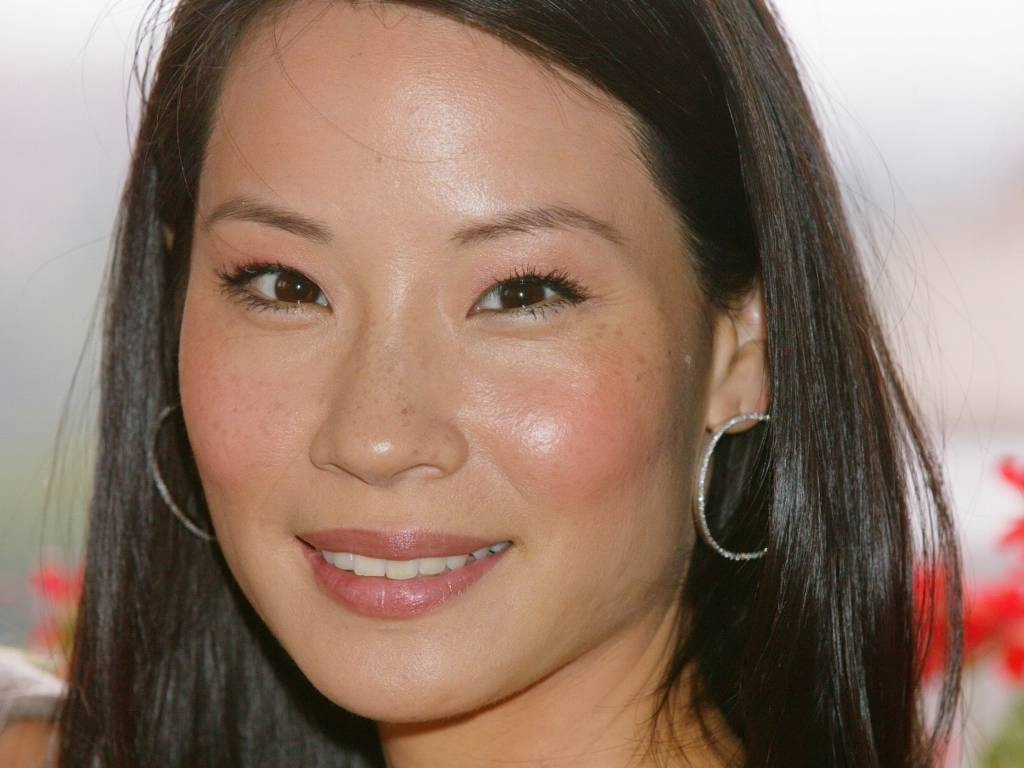 Lucy Liu Standard Resolution Wallpaper 12