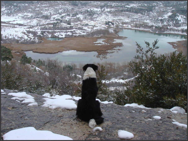 La Laguna De Uña vista desde La Raya