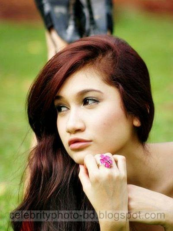 Indonesian+Girl+Georgyna+Andrea+New+Comer+Star+In+Model+Hot+Photos+2014010