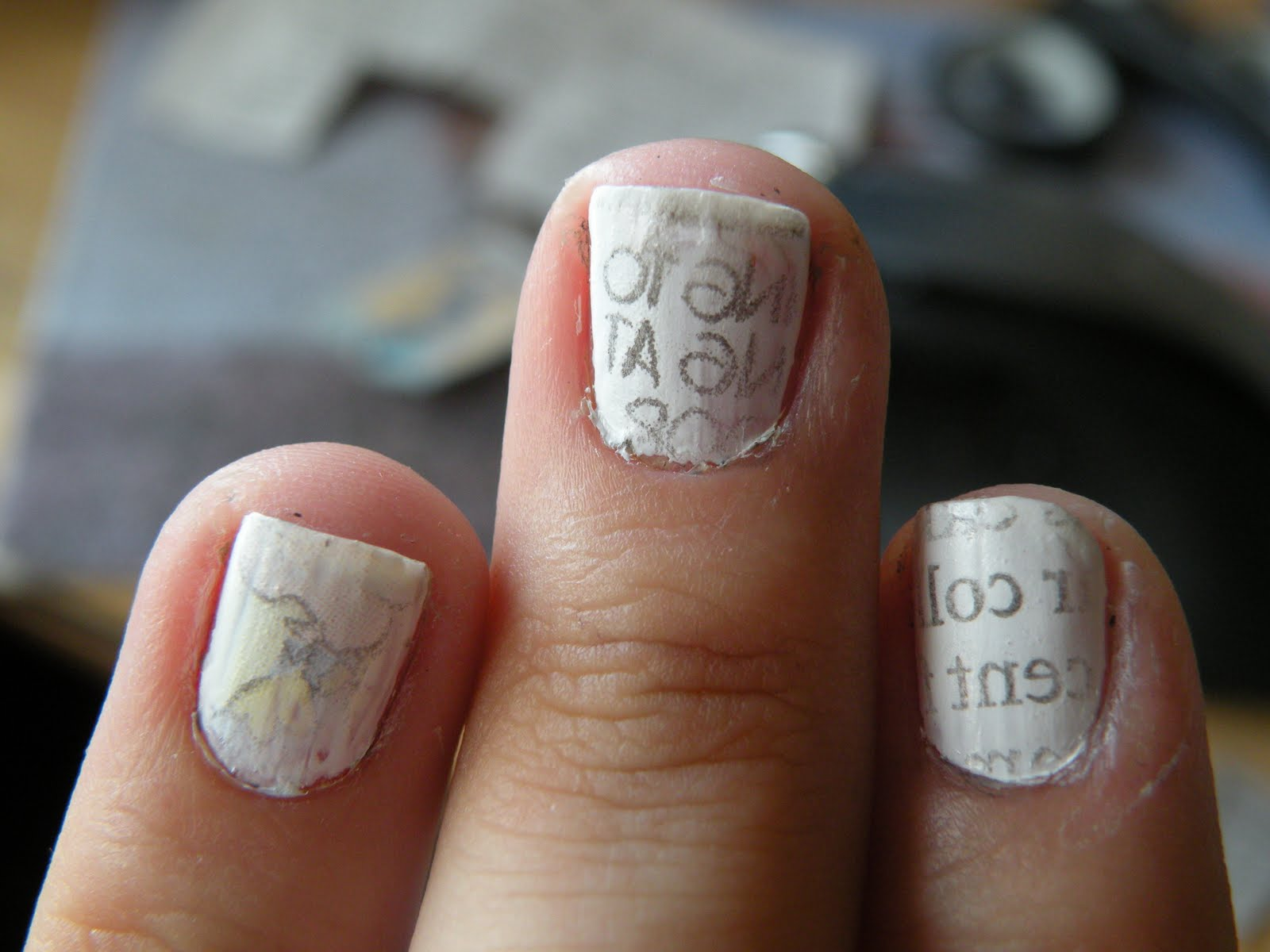 Laura\'s Nail Art: Newspaper comic book nails! (REALLY picture heavy)