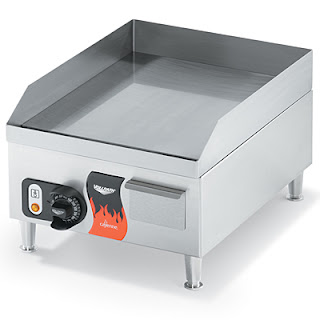 Vollrath Cayenne 14.5&quot;W Electric Counter Top Griddle 