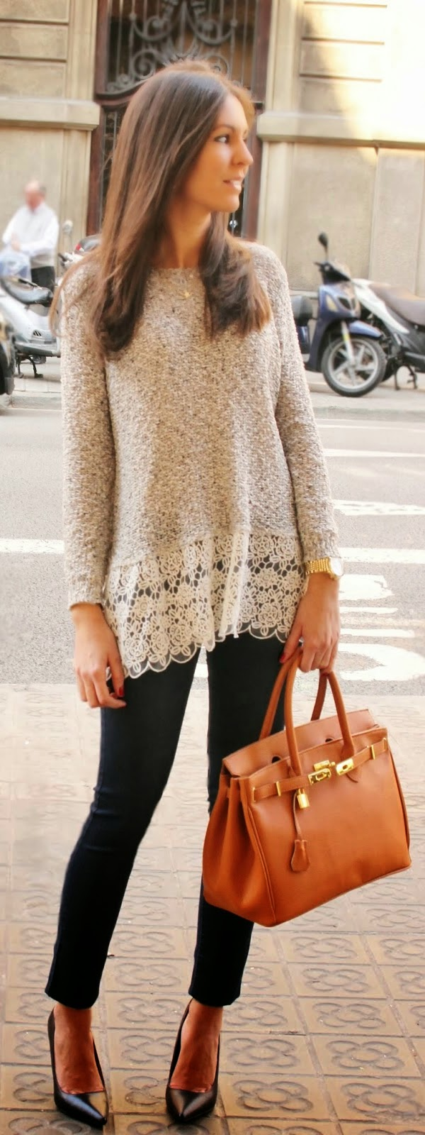 Chic Lace Sweater with Skinnies Jeans and Black Pumps | Spring Outfits