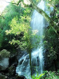 Cascata do Vô Ernesto, no  Eco Parque Cia Aventura, em Nova Roma do Sul.