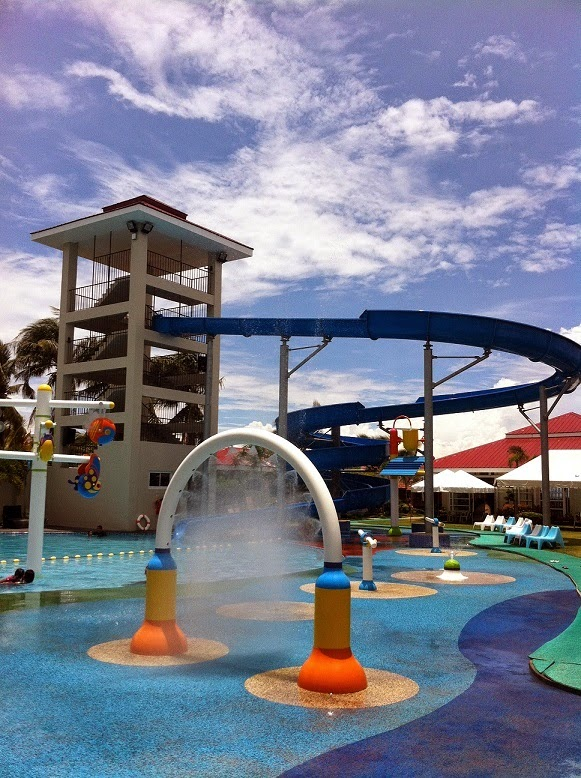 Cml Beach Resort Waterpark Lemery