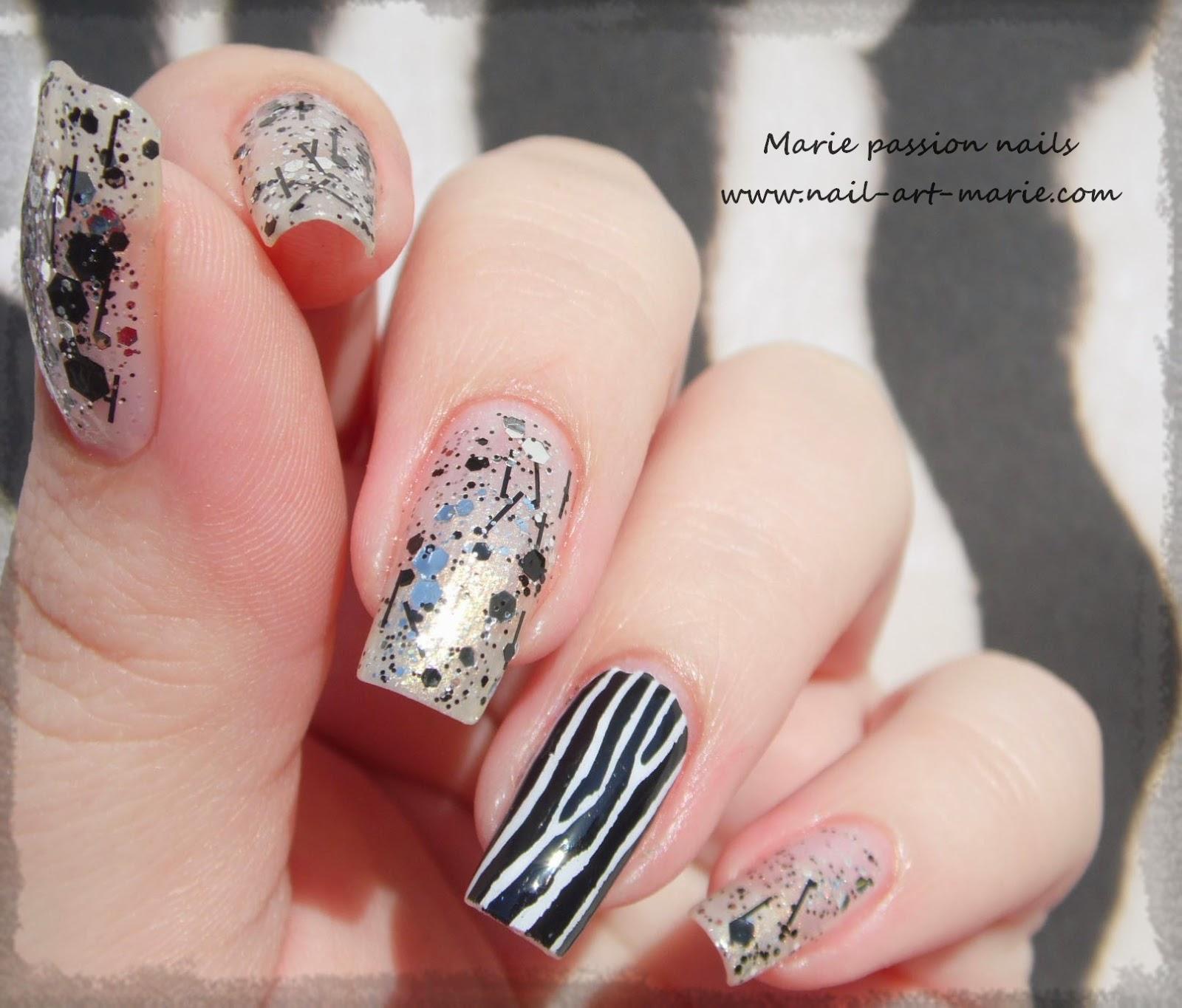 Nail art accent nail zébré3