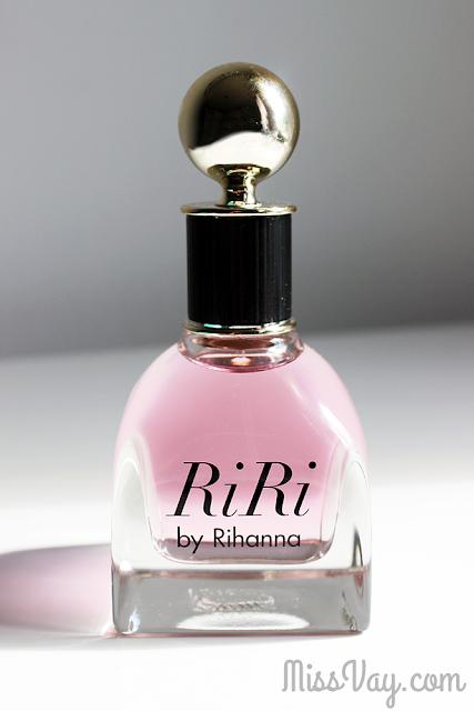 Parfum RiRi Rihanna fragrance