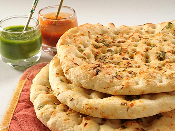 Amritsari Aloo Kulcha 